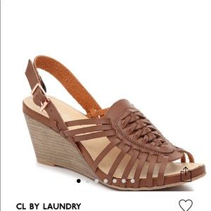 Wedges sandal by LC Laundry